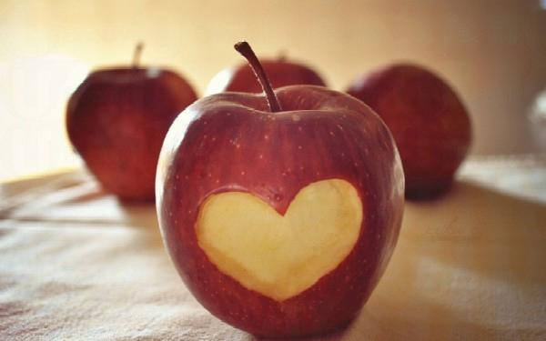 有很多人都因為對愛情過於執着,而令自己陷入沒有結果的戀愛之中。究竟你是否一個執着的人呢?快測試一下吧!