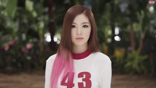 韓國整形外科醫生選出臉龐黃金比例偶像排名