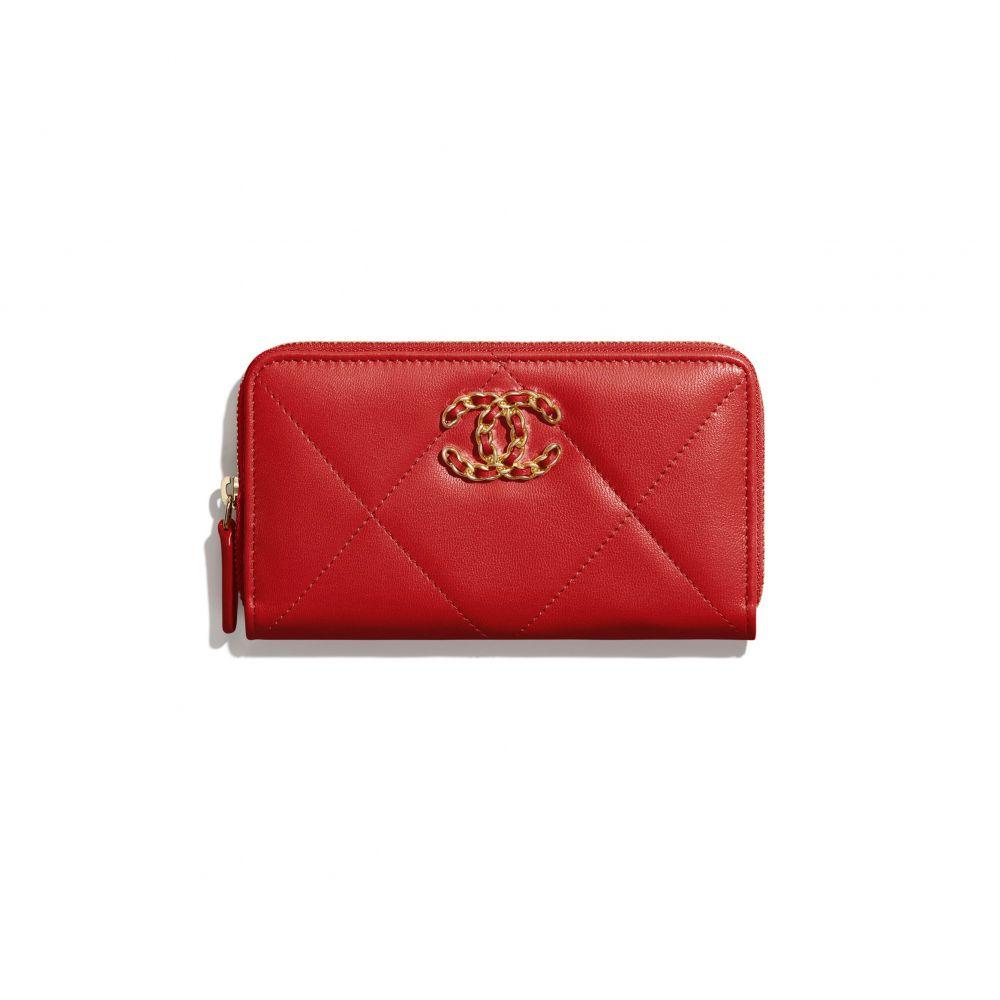 chanel 19拉鏈銀包 #紅色 (售價港幣HKD $6,300)