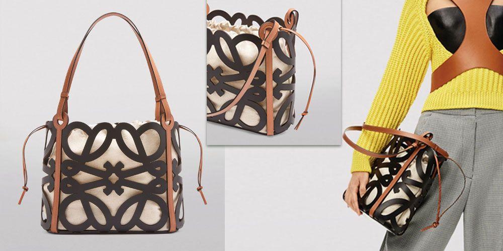 【今季新色】LOEWE Small Anagram Cut-Out Tote Bag   網購價:HK$13,524 | 香港官網售價:HK$ 16,450【82折】