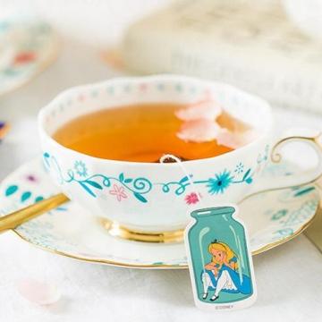 令人每天都想嘆茶!從童話走進現實的「愛麗絲茶包」