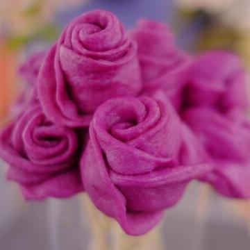 給吃貨女孩送上美味花束!紫薯玫瑰花饅頭食譜