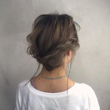 簡易4步!回頭率100%的日系麻花盤髮