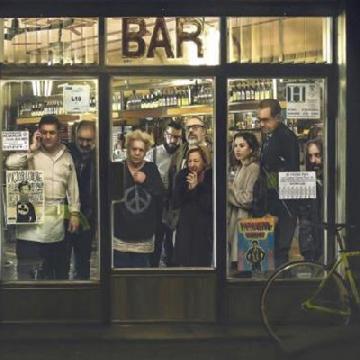 西班牙密室懸疑新戲《The Bar》!離奇兇案8個人誰是兇手