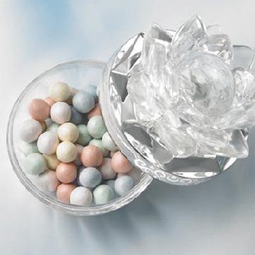 華麗設計!日本推美少女戰士「幻之銀水晶」蜜粉球