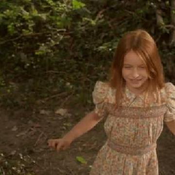 《看不見的情人》一出生就是「透明」!隱形人與失明女孩的愛情