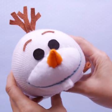 你想堆個雪人嗎?自製《魔雪奇緣》Olaf 公仔