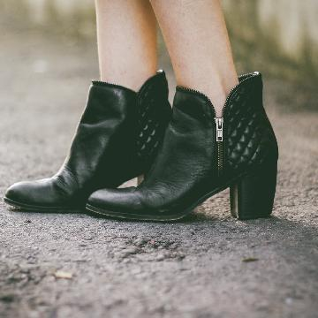 新鞋不再刮腳! 6個防鞋子磨腳的小撇步!