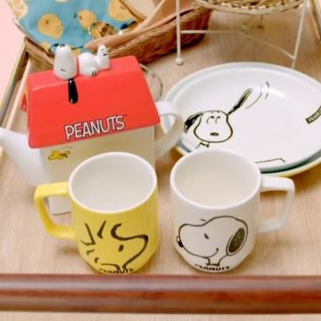 史努比屋子茶壺!台灣康是美 x Snoopy推出一系列加購商品